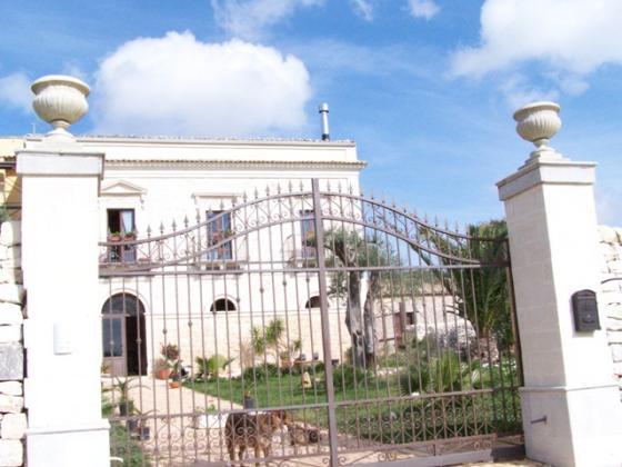 Villa D'Epoca -ref: GO-2239